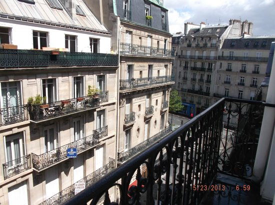 Hotel Signature St Germain des Pres: View from our room