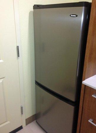 Home2 Suites By Hilton Augusta: fridge w/freezer