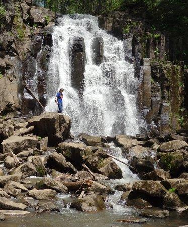 Shkotovskiye Waterfalls