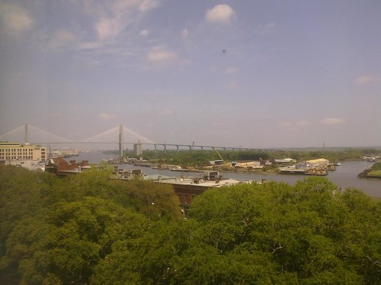 Hampton Inn Savannah - Historic District: View from my room