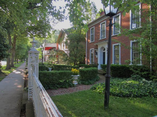 Street view of The Buxton Inn