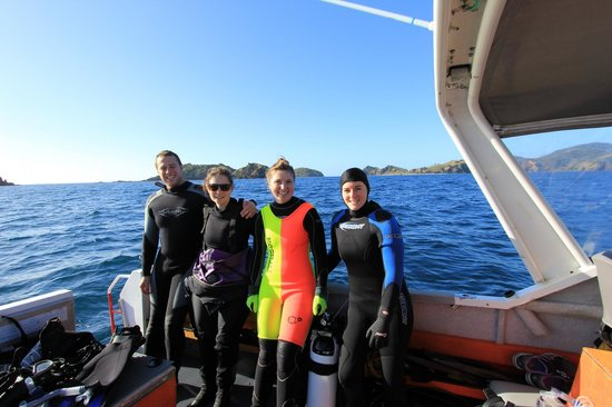 Dive North: Having fun diving with friends