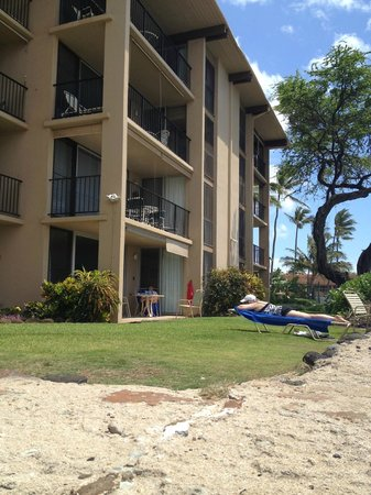 Nohonani Condos: Sandy beach with snorkeling at your door