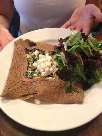 Fontaine Caffe & Creperie: Californian Crepes (added feta cheese) and side salad