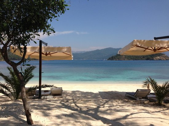 D Maris Bay: Executive Beach