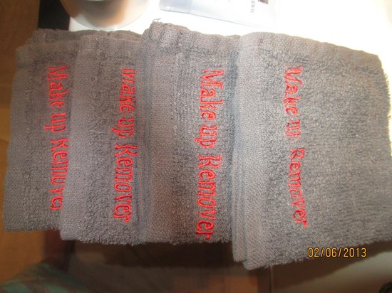 Clear Ridge Apartments : Face towels stating Make Up Remover