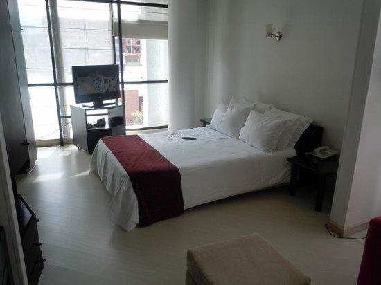 Travelers Suites Gold : Cama