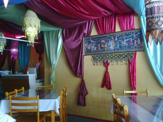 Papadam Ria: more garish decor