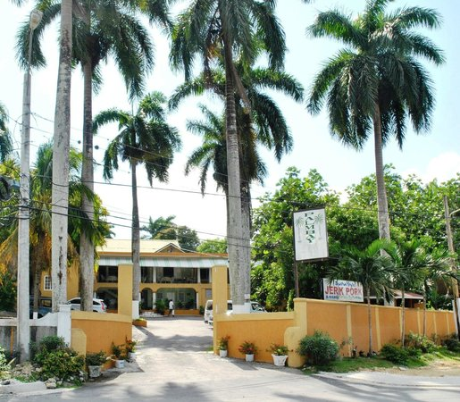 Welcome to Palm Bay Guest House & Restaurant