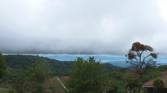 Hotel Montana Monteverde: you are litterally above the clouds