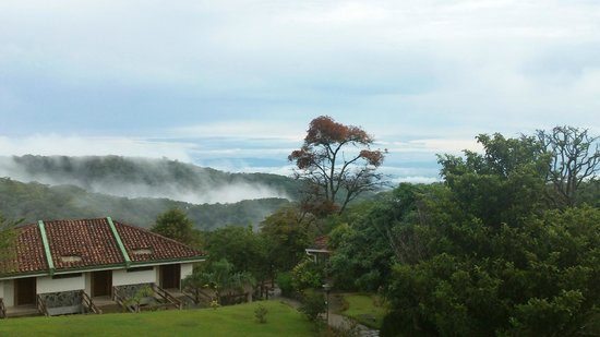 Hotel de Montaña Monteverde: beautiful view from the hotel lobby