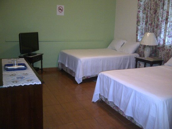 Palm Bay Guest House: Room with 2 Double Beds