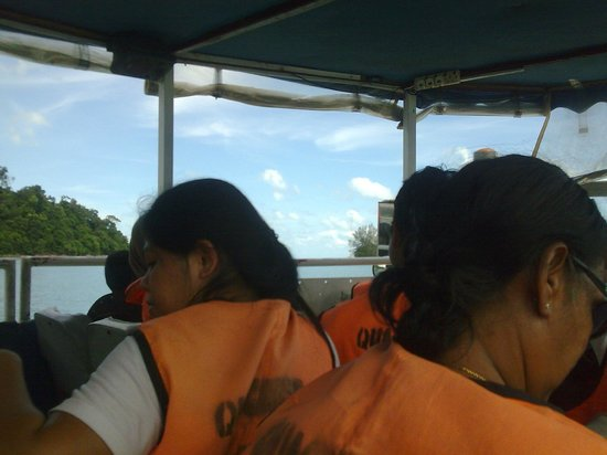 Langkawi Duck Tours- Day Tours: getting into the sea