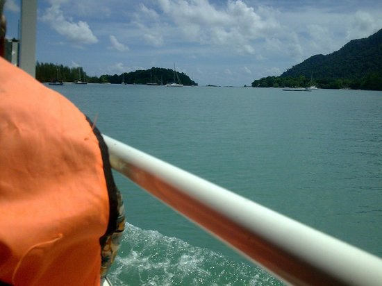Langkawi Duck Tours- Day Tours: into the sea we go!