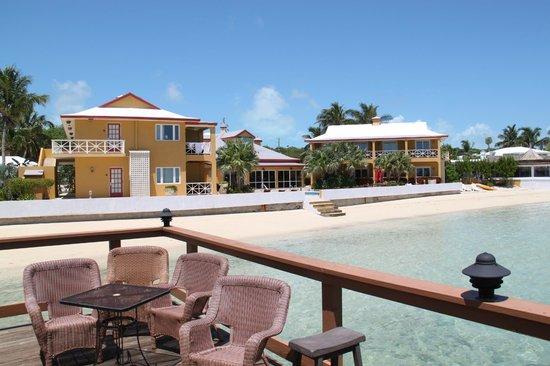 Augusta Bay Bahamas: From bar to hotel