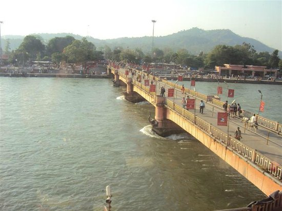 Ganga Lahari: View from the Lobby