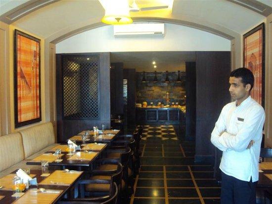 Ganga Lahari: Breakfast