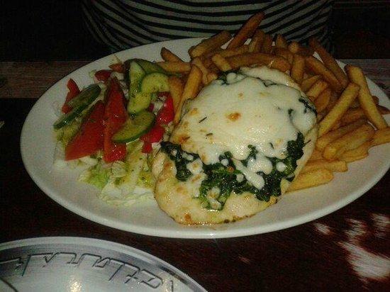 Chopper Hostel : Chicken & spinach - very tasty!
