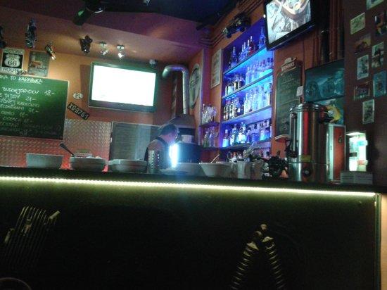 Chopper Hostel : The Chopper bar