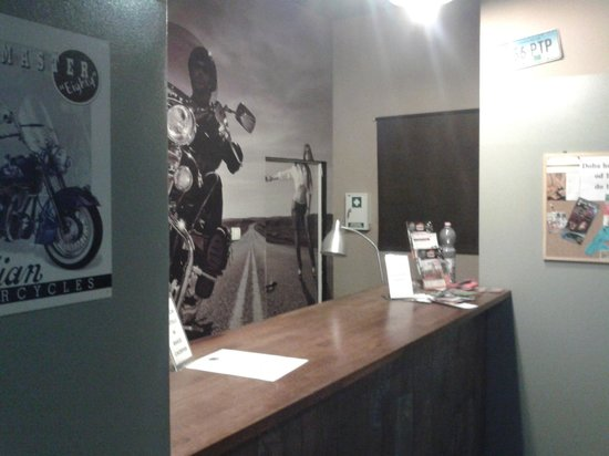 Chopper Hostel : Reception area