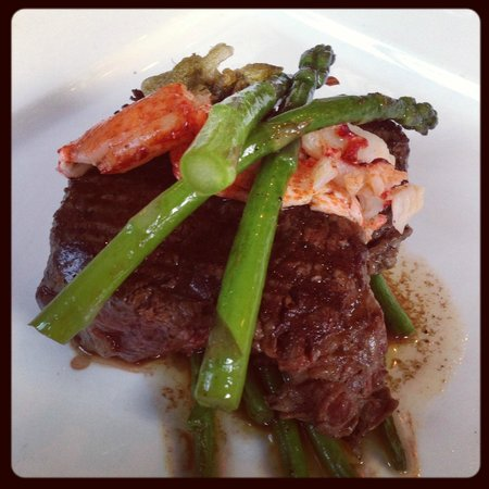 The Green Door: Fillet Steak with Lobster and Asparagus 5*