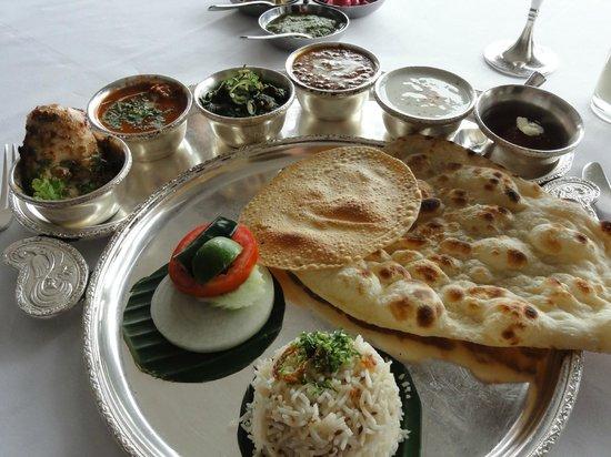 Rang Mahal Restaurant: ランチのセット
