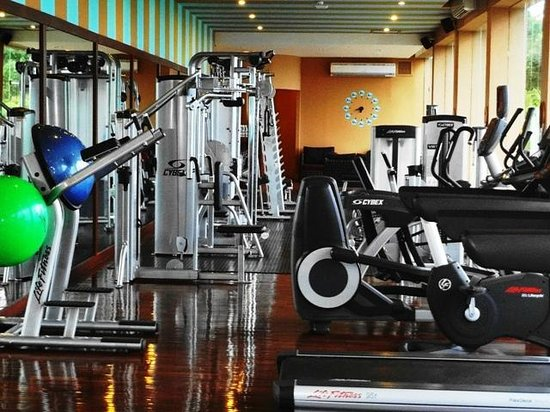 Mantra Samui Resort: Gym - Well appointed. Water bottles could be chilled though.