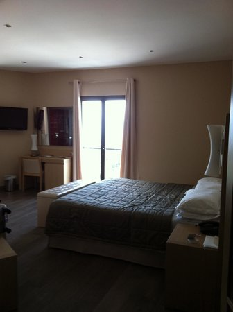 Hotel Chez Charles: chambre