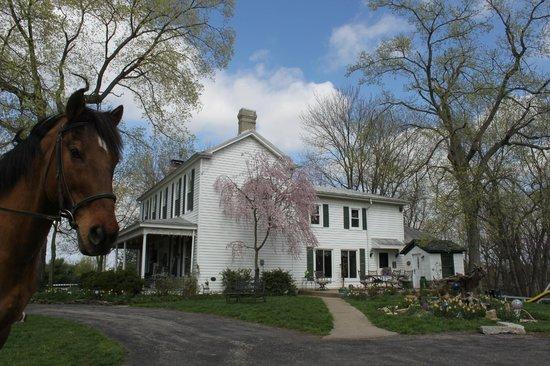 First Farm Inn: Just 20 minutes from downtown Cincinnati.