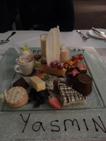 Eucalypt Restaurant: Awesome dessert share platter - a must to try