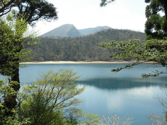 Ebino High Plain: 御池
