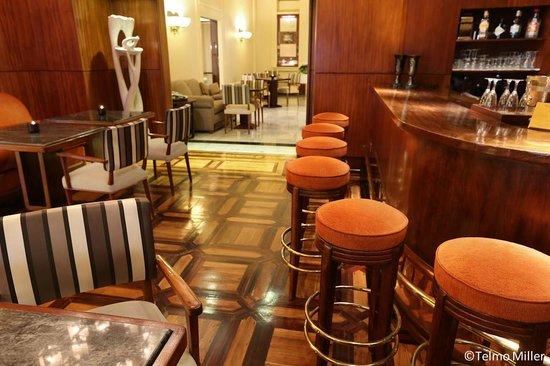 Britania Hotel : Bar / Living Room