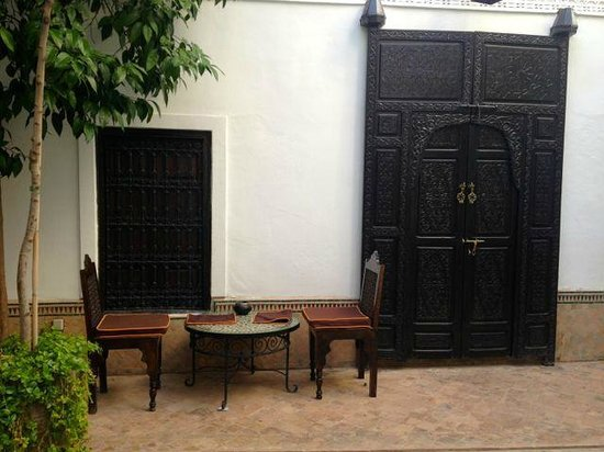 Riad Al Andaluz: Dinning near the pool