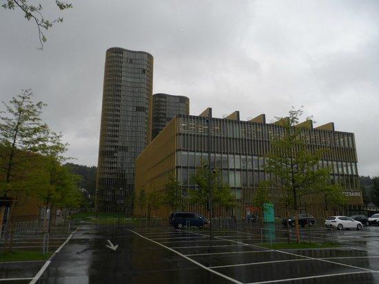 Allmend Apartments: Apartment Buildings