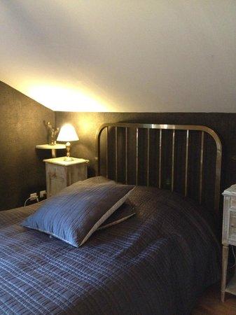 Domaine Du Moulin : chambre reve ambré- lit 140 par 190