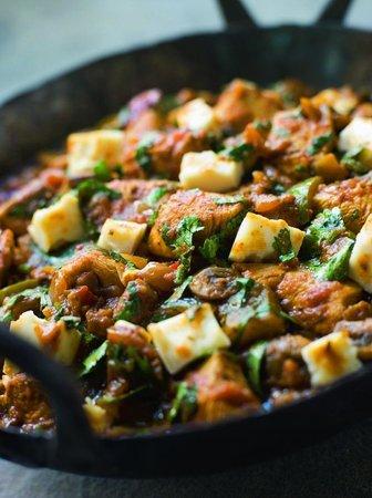 Ristorante Pizzeria Sant'Ilario : Chicken and Paneer Balti
