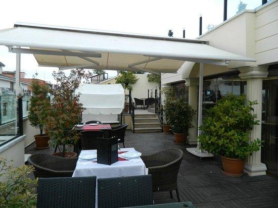 Albatros Premier Hotel: Roof terace
