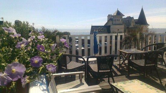 Sainte-Adresse, Francja: la vue mer depuis la terrasse à l'étage