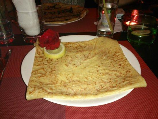 "Le Saint-Tropez French Restaurant & Bar: Sugar ""crêpes"""