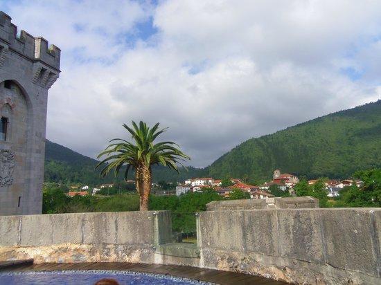Castillo de Arteaga: la vue de la piscine