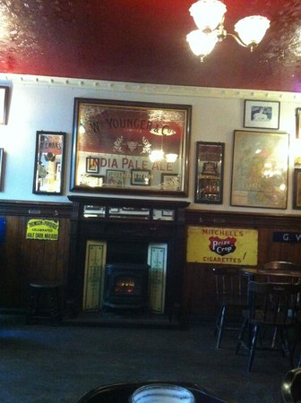 bow bar nice interior