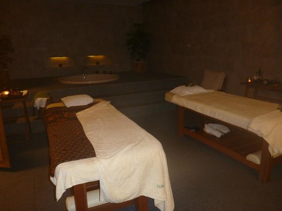 Hansar Samui Resort: Luxsa spa