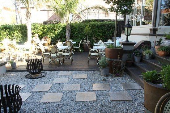 Kloof Street House garden