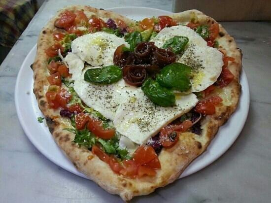 Pizzeria La Napoletana: love