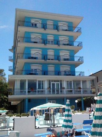 Hotel Internazionale: Direkte Strandlage
