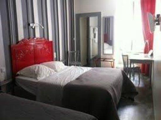 Hotel Restaurant Saint-Melaine: Chambre 4 - 3 places