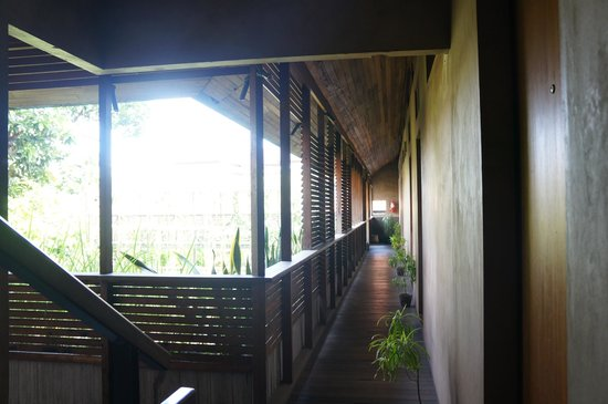 Rumah Turi: hall way 2nd floor