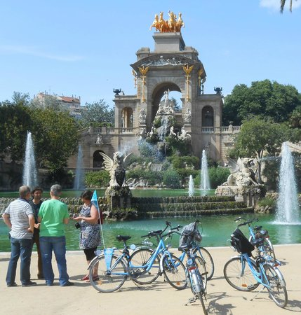 Born Bike Tours Barcelona: Born Bike tour