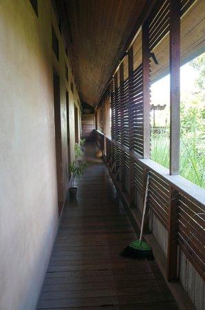 Rumah Turi: hallway 2nd floor