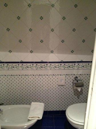 Hotel Abbaye de Talloires : Déco WC